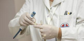 Kosztowne zabiegi i terapie a opieka medyczna w Polsce