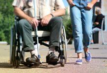 Ludzie niepełnosprawni w oczach ludzi pełnosprawnych